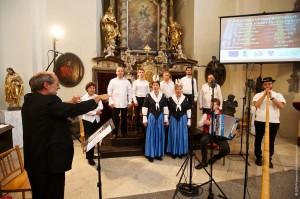 Gruppenbild der Mitwirkenden am Konzert in Slaný